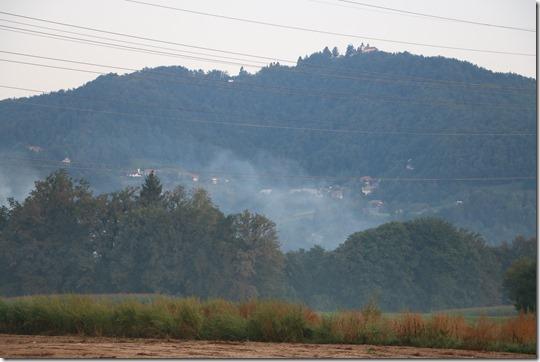 dim iz Laza se razširi nad Stražišče - 2017-08-31 05-45-37